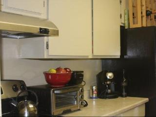 Chic 1 Bdrm - Heart of Adams Morgan - Brooklyn vacation rentals