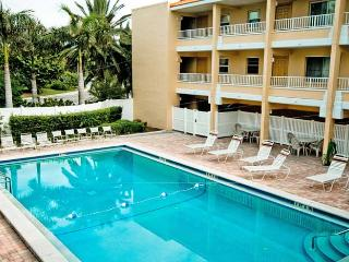 Gulf Sands 103: 2BR/2BA Flip-Flop Ready Beachfront Condo - Holmes Beach vacation rentals