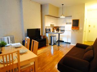 Indulge in Hell's kitchen finest! $230/night - New York City vacation rentals