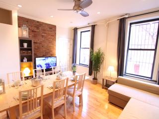 Luxury pad in Hell's Kitchen! $350/night - New York City vacation rentals