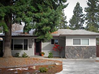 Centrally Located & Recently Remodeled - Bend vacation rentals