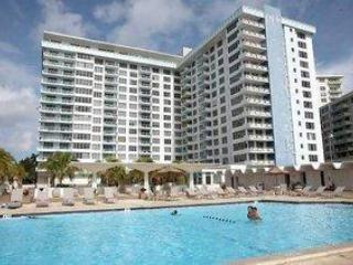 Beachfront 2 Bd / 2 Bth fully furnished apartment - Miami Beach vacation rentals