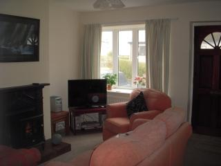Abersoch (centre) Self-catering Bungalow, sleeps 4 - Abersoch vacation rentals