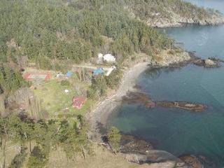 Gowlland Point Place - Pender Island Waterfront - Pender Island vacation rentals