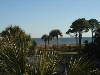 Seaside Villa 240 - 1 Bedroom 1 Bathroom Oceanside Flat  Hilton Head, SC - Hilton Head vacation rentals