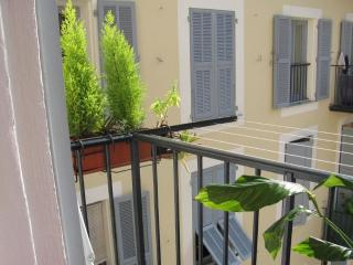Sunny Tranquility - Nice vacation rentals