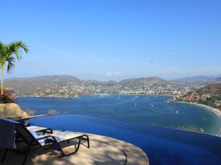 Casa Encantadora beautiful vacation home rental! - Zihuatanejo vacation rentals
