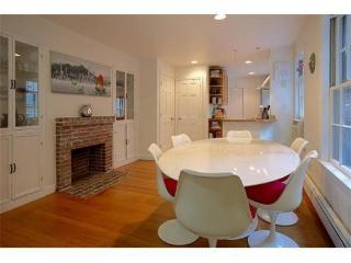 Cozy Modern Beacon Hill One Bed - Boston vacation rentals