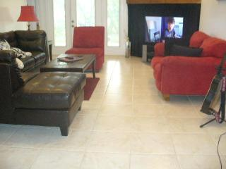 B&B Minutes to Beach & Downtown Fun for 4th - West Palm Beach vacation rentals
