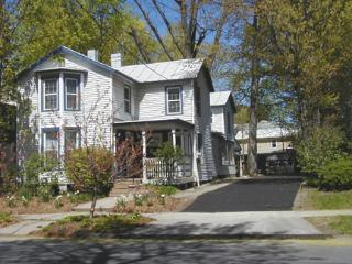 2 Br Vintage Charmer < 2 blocks from Track - Saratoga Springs vacation rentals