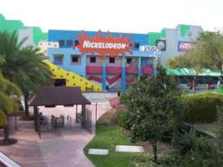 Take the Kids on a Tour of Nickelodeon Studios, which is within WALKING DISTANCE! - Bed and Bay Residence Inn