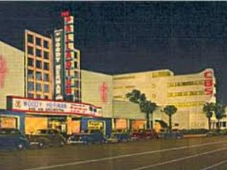 Catch a Concert! The Palladium is within WALKING DISTANCE! - Bed and Bay Residence Inn