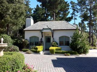Charming Pebble Beach Cottage - Pebble Beach vacation rentals