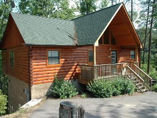 Pigeon Forge resort cabin near Dollywood WEE HUMBLE CABIN 244 - Sevierville vacation rentals