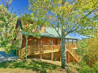 Smoky Mountain Cabin Mountain Crest 333 - Sevierville vacation rentals