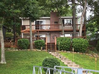 Dewey`s Dream - Ideal Family Oriented 3 bedroom 2 bath home. 10MM Osage Arm. Lynch Hollow Cove. - Lake of the Ozarks vacation rentals