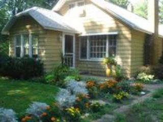 Key Cottage, St. Joseph in Southwest Michigan - Coloma vacation rentals