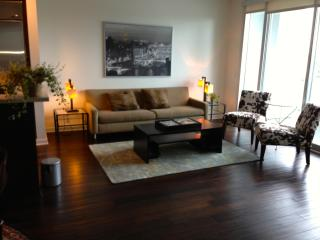 Beverly Hills 1 bedroom  Apartment with Valet Parking and 180 degree of Views! - Beverly Hills vacation rentals