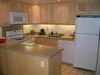 1BR Condo, Only A Short Walk To The Beach - KKN244 - Kihei vacation rentals