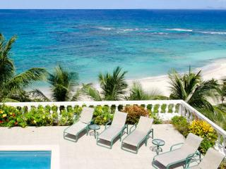St. Martin Villa 221 Enjoy The Panoramic Views Of St. Barths And The Many Breathtaking Colors Of The Caribbean Sea. - Terres Basses vacation rentals