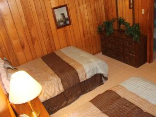 Cute 1bedroom near the beach, priced just right! - Port Aransas vacation rentals