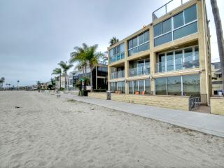 Beachfront Property, Gorgeous Views, Close to All - San Diego vacation rentals