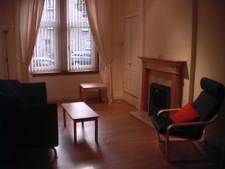 Central Edinburgh Apartment - Edinburgh vacation rentals