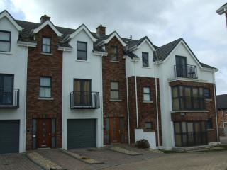 Comfortable 3 bed holiday apartment in Portstewart - Portstewart vacation rentals