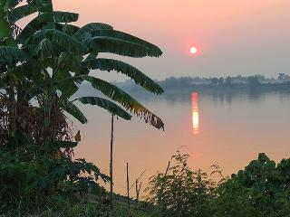 Discover Thailand - Homestay painting, photography - Nong Khai Province vacation rentals
