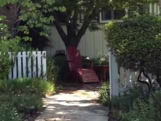 Street View Front Courtyard - Yountville's Ideal Location - Yountville - rentals