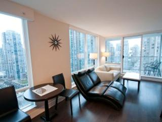 Stunning 2BR in Yaletown! DOLC1505 - Min 5 Days - Vancouver vacation rentals