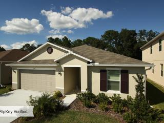 Sunny Retreat - 4BR House - 15 min from Disney! - Kissimmee vacation rentals