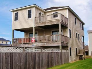 6 Bedroom Nags Head Rental - 220 Yards to Beach! - Nags Head vacation rentals