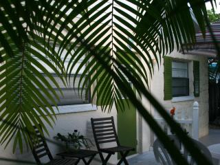 Cute Beach Cottage on Anna Maria Island-A Skip to the Beach and Bay - Bradenton Beach vacation rentals