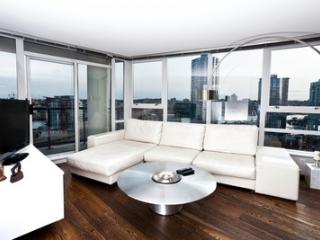 2BR Modern Yaletown Suite! - MAX2-1702 Min 30 Days - Vancouver vacation rentals