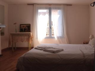 Bright House/Appartment in the Centre of Limoux - Limoux vacation rentals