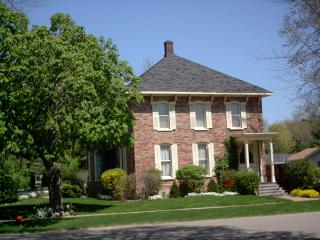 Stay More/Save More! 10 Nights Only $250 per Night - Lexington vacation rentals