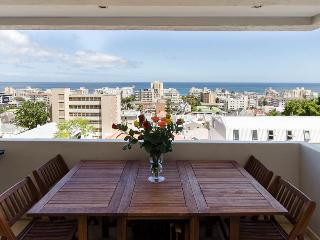 Sea Point Cape Town Apartment  close to beaches! - Cape Town vacation rentals