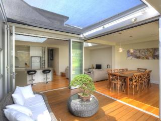 Fairlight Castaway - Dee Why vacation rentals