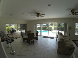 Waterfront Villa With Sparking Pool And Jacuzzi - Cape Coral vacation rentals