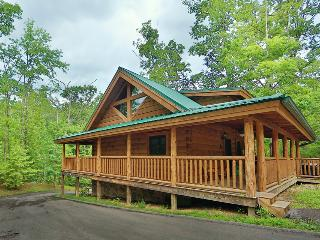 The Hideaway a one bedroom cabin in Smoky Cove Resort - Tennessee vacation rentals