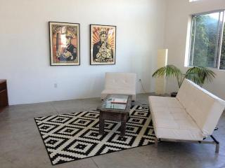 Open air Cottage in Trendy Mar Vista - Marina del Rey vacation rentals