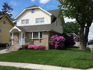 A Super Bowlers Delight - Hasbrouck Heights vacation rentals