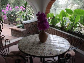 Villa Taxco Mexican-Style Casita in Great Location - Cuernavaca vacation rentals