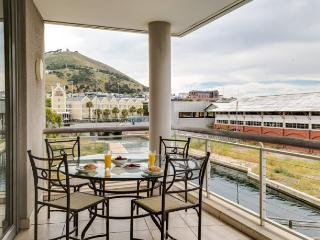 Canal Quay @ Funkey 2B - Camps Bay vacation rentals