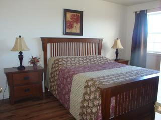 Main Bedroom - Charlottetown Garden Gate Apartment - Charlottetown - rentals