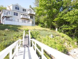 THE EDDY | EDGECOMB MAINE | SALT WATER RIVER | DEEP WATER DOCK & FLOAT| ROMANTIC GETAWAY | KAYAKER'S DREAM - Boothbay vacation rentals