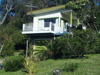 Retro holiday house, Pambula Beach - Pambula Beach vacation rentals