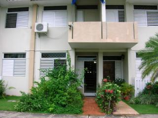 Gated Townhouse near shops, clubs, Half Way Tree. - Kingston vacation rentals