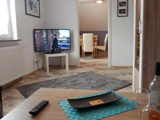 LLAG Luxury Vacation Apartment in Koblenz - central, comfortable, well-equipped (# 4434) - Koblenz vacation rentals